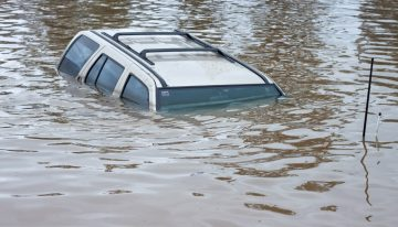 How to Survive a Swiftly Sinking Vehicle